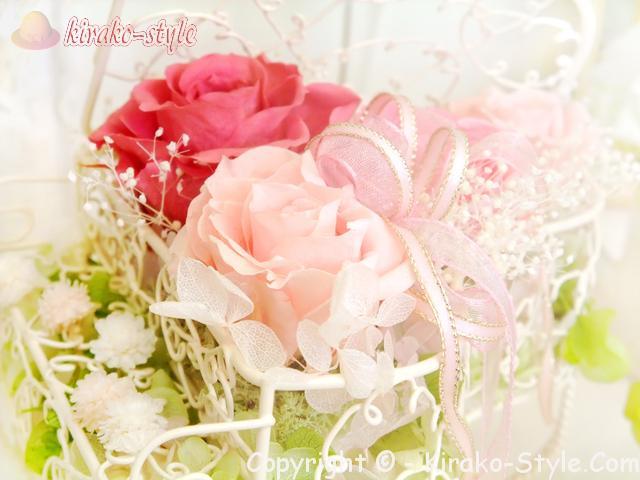 ピンクと赤のばらの花束