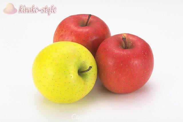 りんご三個 リンゴ